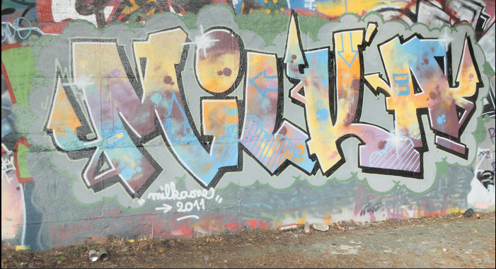 2011-3_Milka_graffiti_montana_colors_
