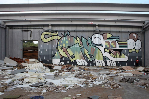 G170_graffiti_montana_colors_rat