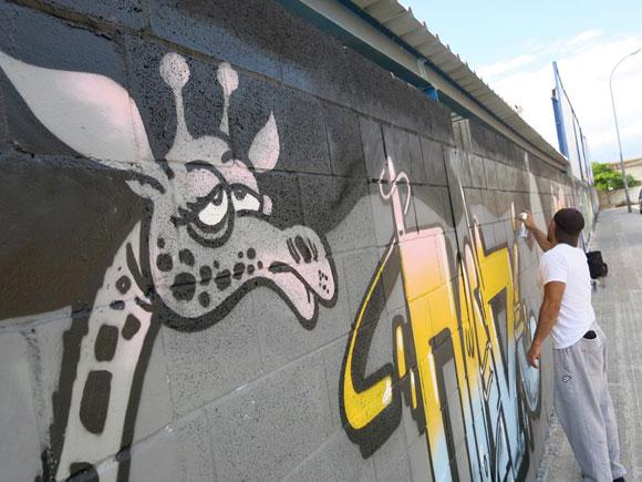 girafa_graffiti_montana_colors