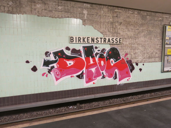 daos_berlin_station_piece