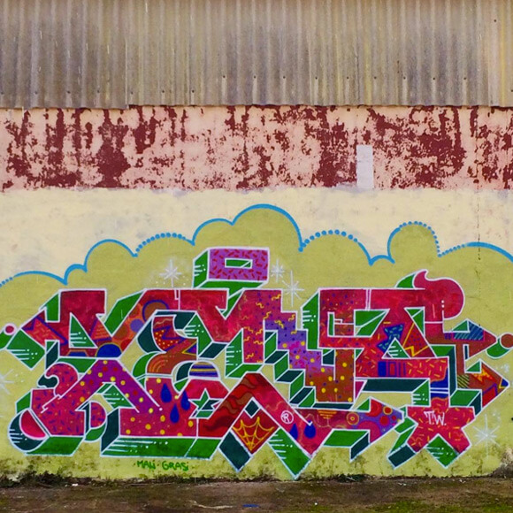 xena_graffiti_mtn_2
