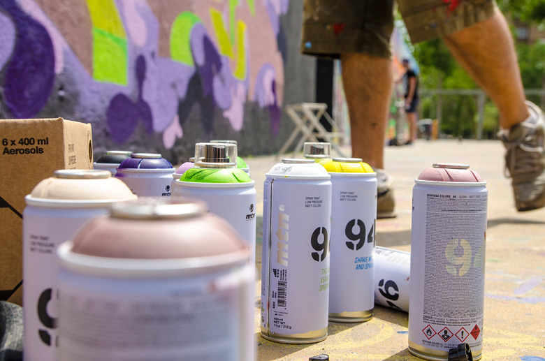 MTN 94 spraypaint used at Face 2 Face proyect, a graffiti battle.