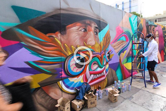 'PURO MURO', GIVING COLOR IN PERU