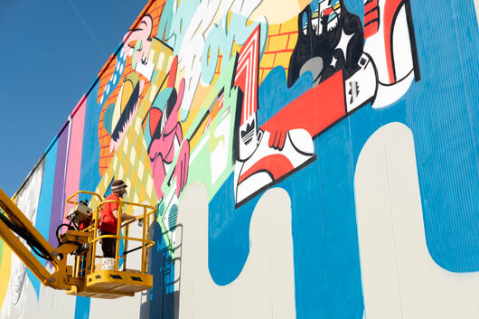 HOSH & JEROM PAINT THE NEW PINTURAS RUBIO SHOP IN IBIZA