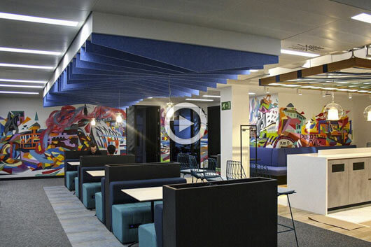 ULITZA CREW DECORA LAS OFICINAS DE AMAZON EN MADRID