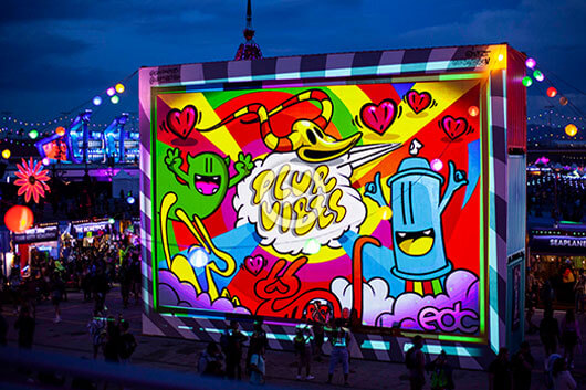 GRAFFMAPPING X ELECTRY DAISY CARNIVAL'S VIDEO