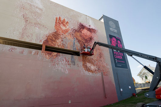 FINTAN MAGEE: THE WORLD BEHIND THE GLASS