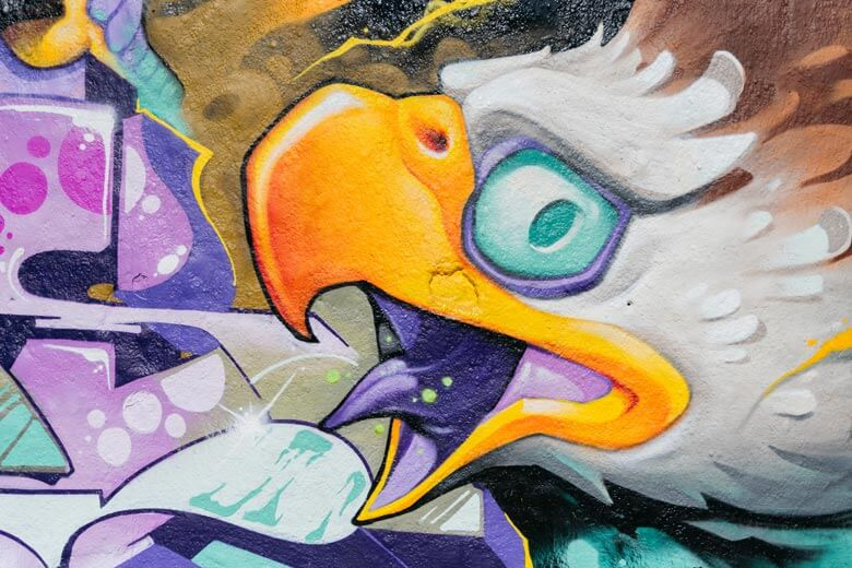 Detail of the eagle painted by Victor Chil in his graffiti production together with Brus