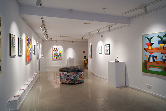 OSIER LUTHER PLAYS PRE-CUBIST GAMES AT THE MONTANA GALLERY BARCELONA